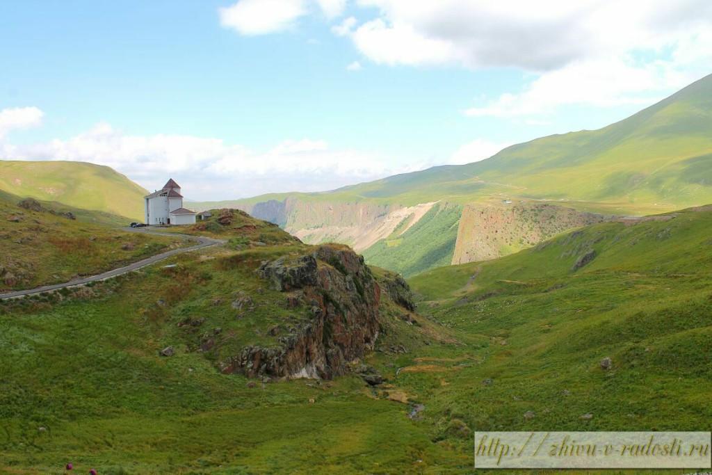 Приэльбрусье, Джилы - Су, Горы Кавказа, фото, дом, пейзаж