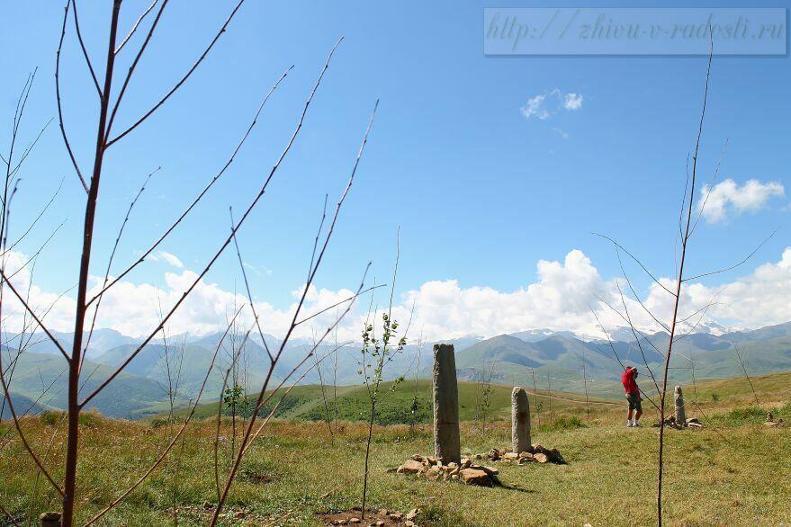 Приэльбрусье, Джилы - Су, Горы Кавказа, фото, менгиры
