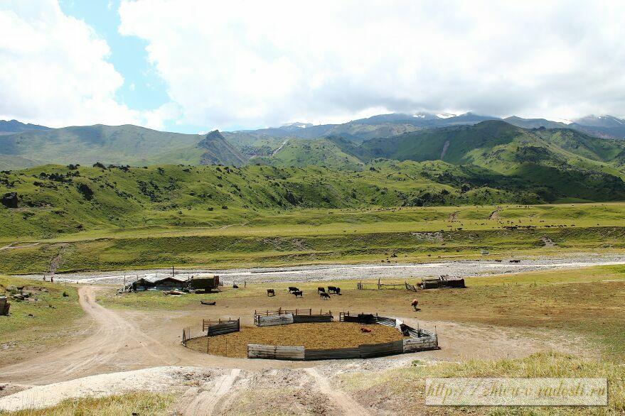 Приэльбрусье, Джилы - Су, Горы Кавказа, фото, поляна Эммануэля